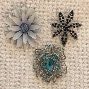Three blue tone fashion pins
